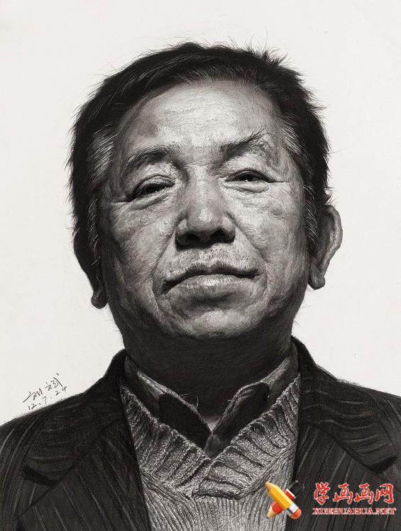 刘斌画室中老年男性素描头像