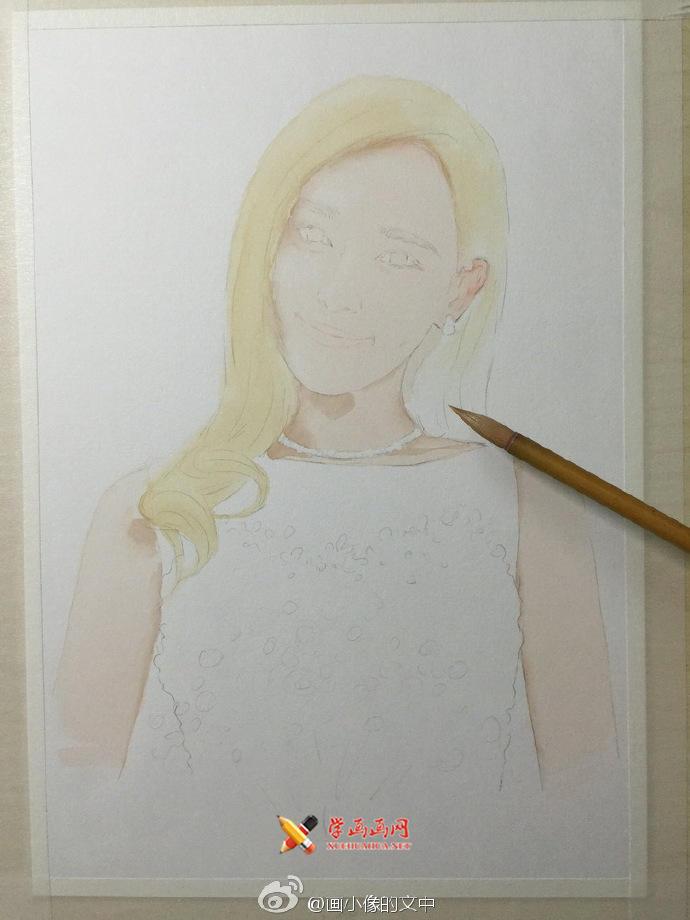 水溶性彩铅画《唐嫣》作画步骤(2)