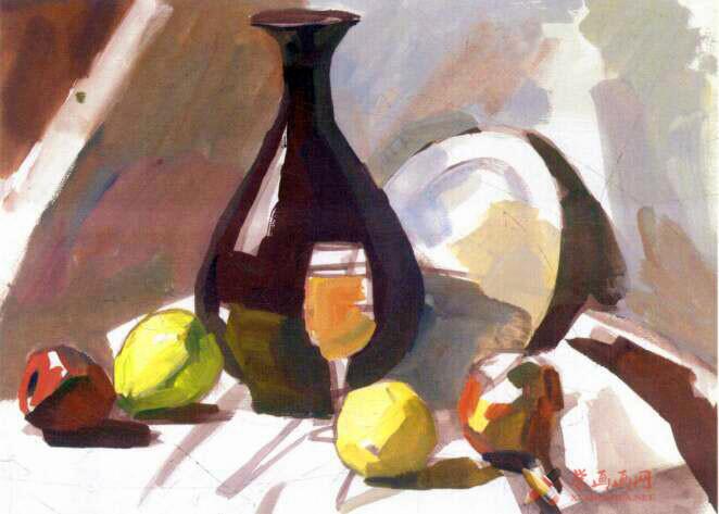 水粉画静物教程_《红衬布上的红瓷瓶与水果》写生步骤(2)