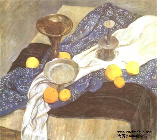 水粉画作品赏析-铜烛台、蓝色印花布、水果