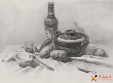 优秀素描画:砂锅、啤酒瓶、土豆、辣椒、碗、不锈钢勺、透明玻璃杯的组合画法素描图片