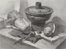 素描图片:铜火锅、白菜、不锈钢汤勺、梨、衬布的组合画法素描临摹图片