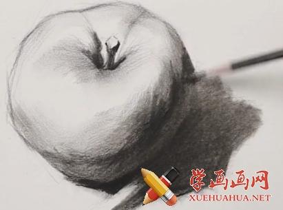 素描入门教程:怎么画苹果详细步骤(9)