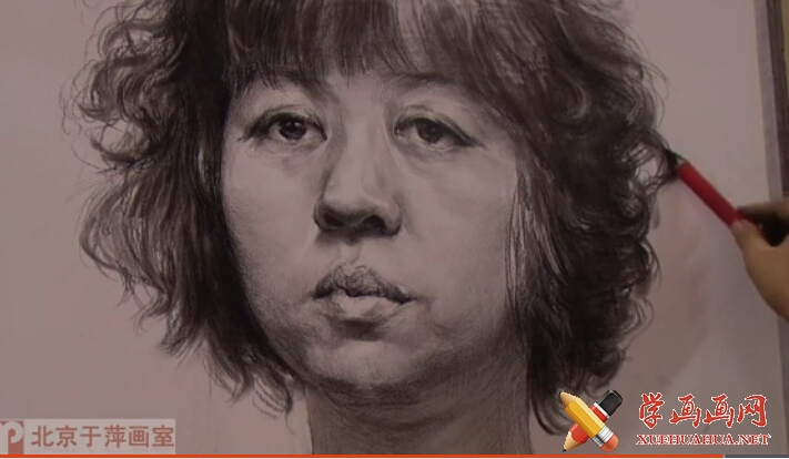 中年女子素描头像画法(1)