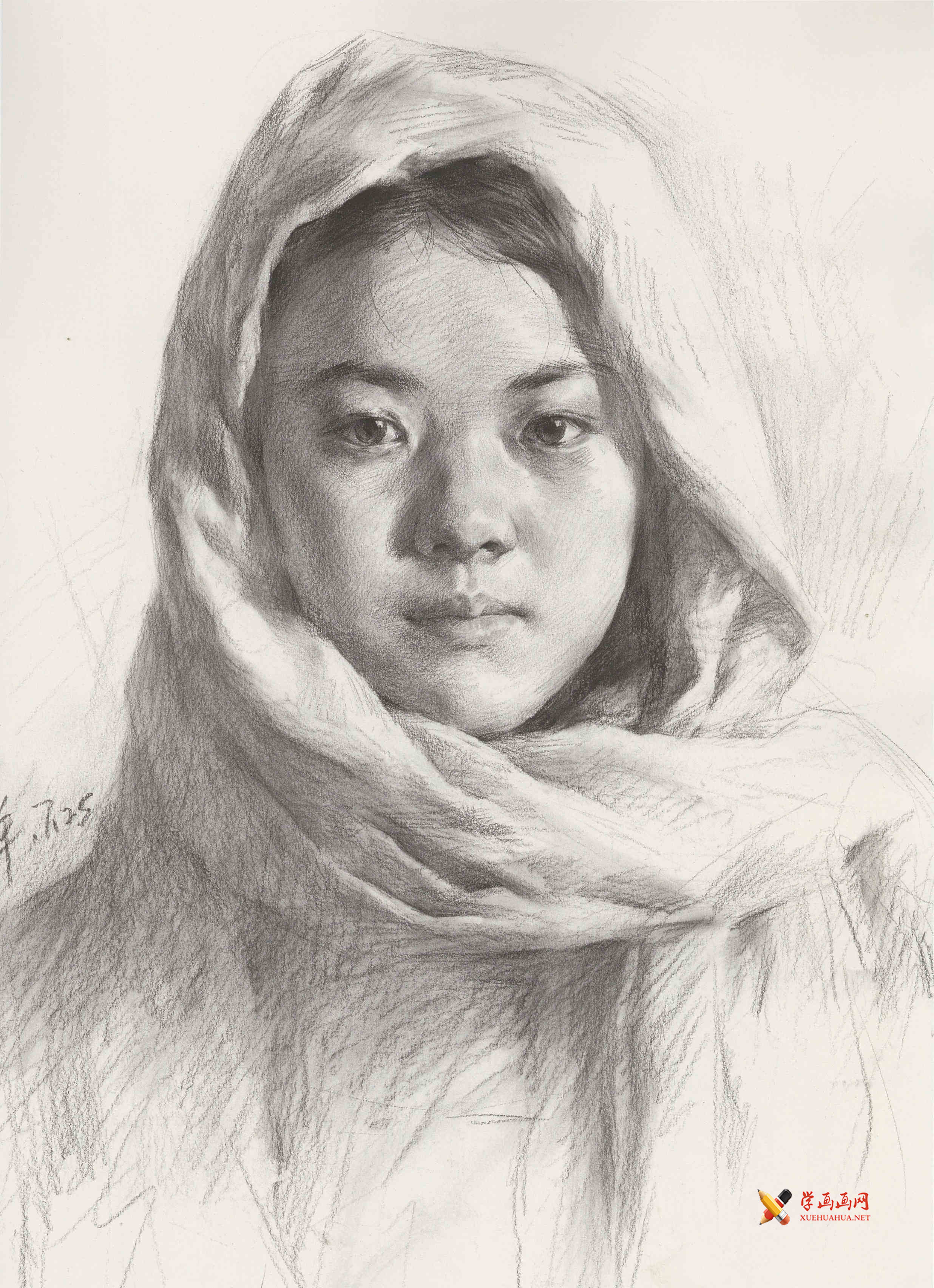 优秀素描画:包头巾的年轻女孩素描头像高清图片(1)
