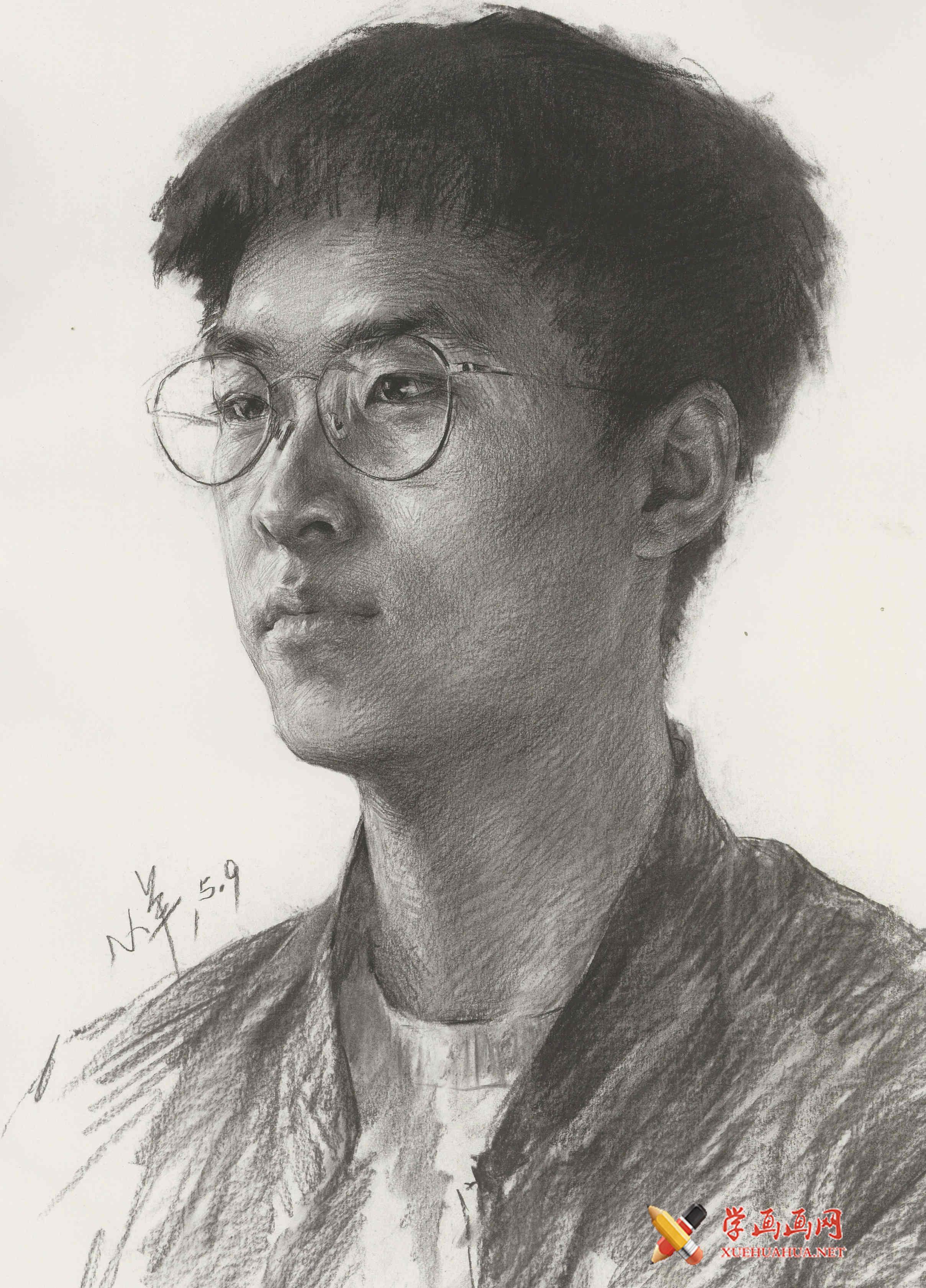 戴眼镜的青年男子高清素描画图片(1)