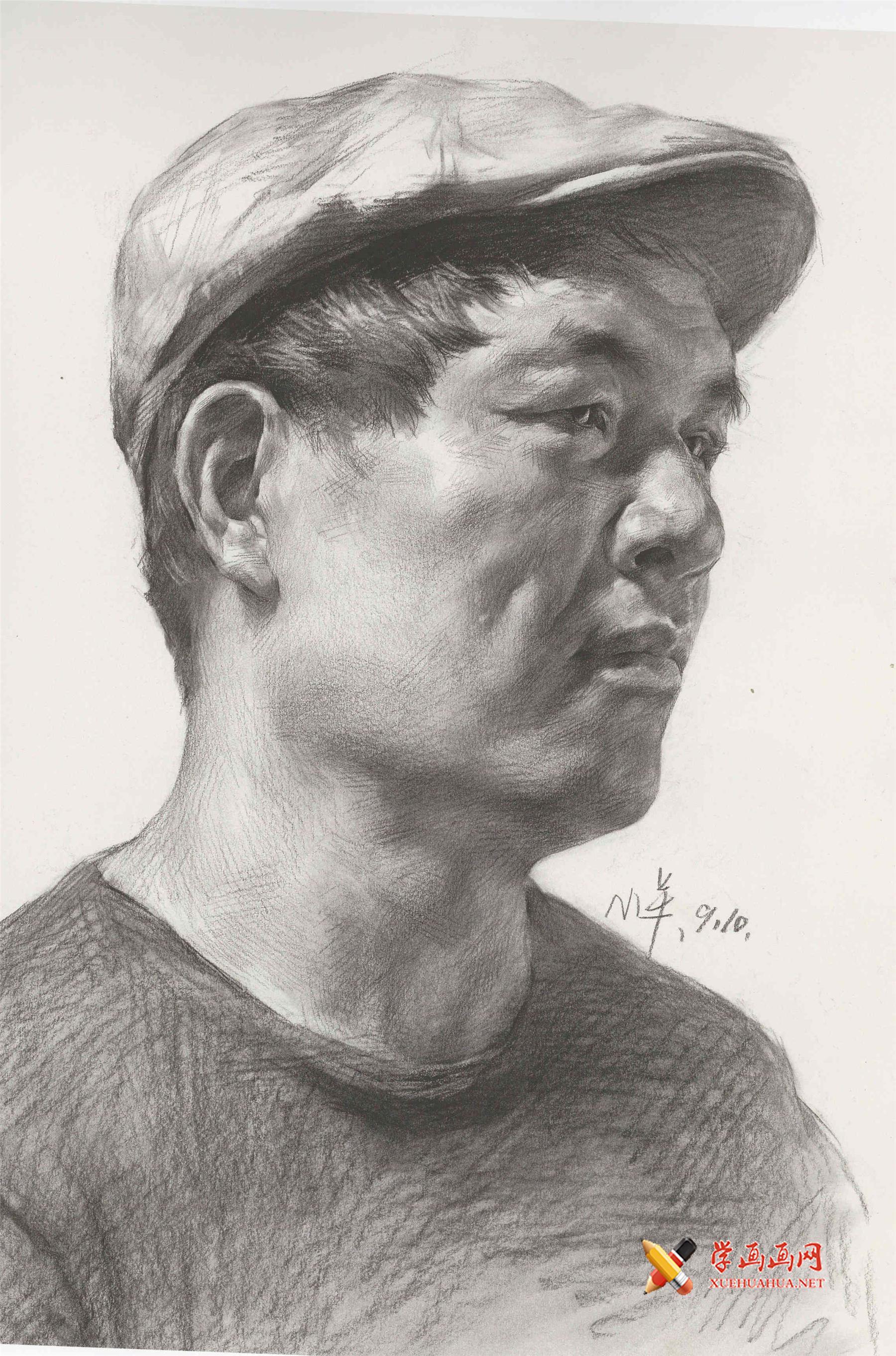 戴帽子的侧面男子素描头像高清图片(1)