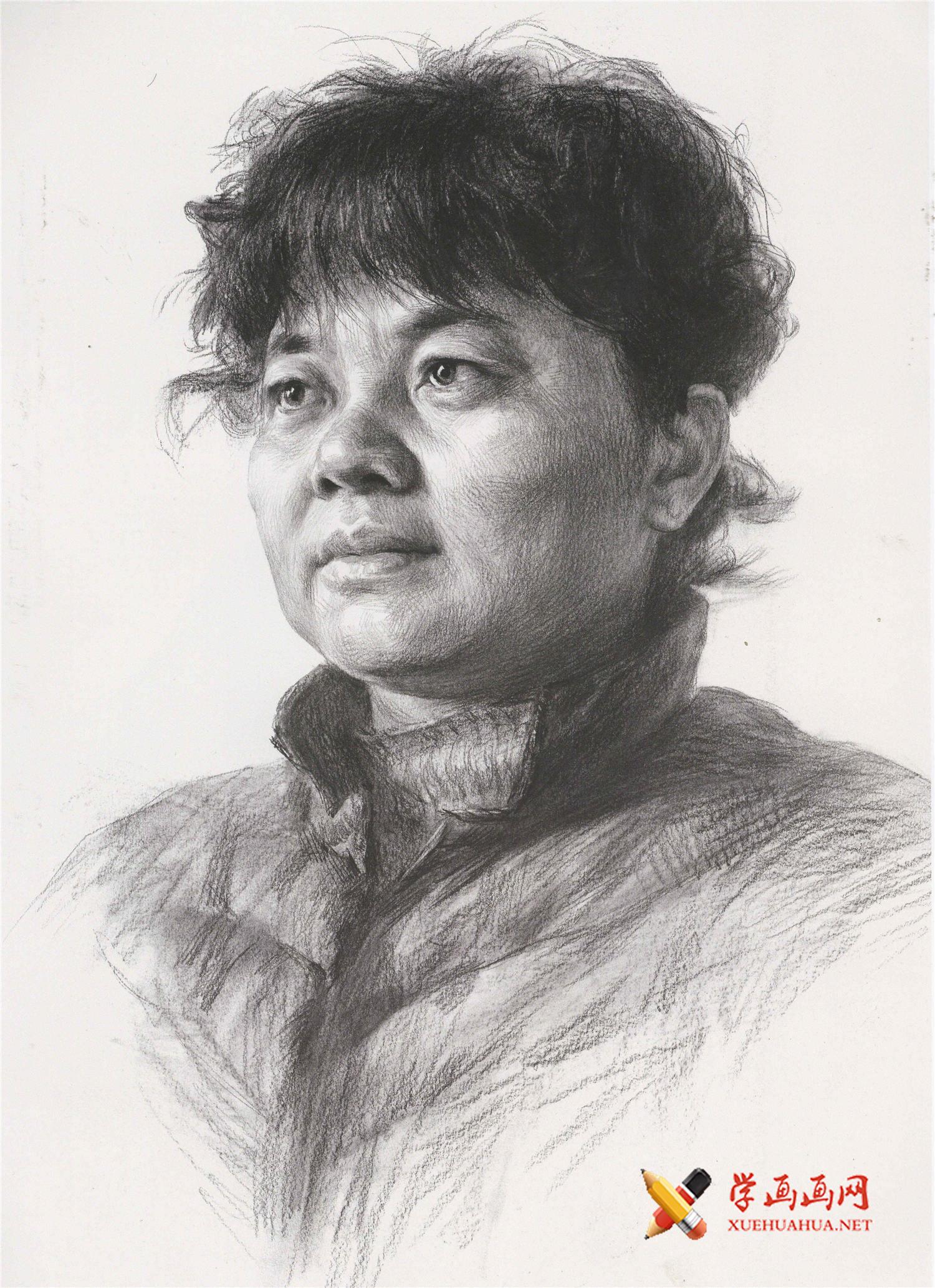 优秀素描头像_素描中老年女子的画法高清图片(1)